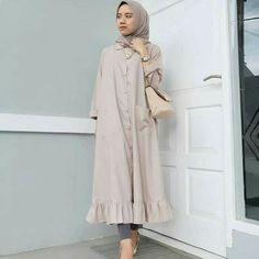 Jb VELOPE LONG TUNIK C05 Harga : 85.000 Bahan : Balotelly  Ukuran : All size fit to L  Informasi dan pemesanan hubungi kami SMS/WA +628129936504 atau www.ummigallery.com  Happy shopping   #jilbab #jilbabbaru #jilbabpesta #jilbabmodern #jilbabsyari #jilbabmurah #jilbabonline #hijab #Kerudung #jilbabinstan #Khimar #jilbabterbaru #jilbab2018 #jilbabkeren #jilbabmodis #bajumuslim #gamis #syari #maxidress #maxi #atasanwanita #atasanmuslim