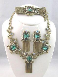 Vintage Green & AB Rhinestone Pearl Tassel Necklace Bracelet Clip Earrings SET