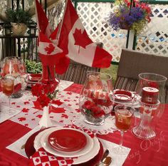 White and red colors, national symbols and creative craft ideas help bring the Canada Day spirit into Canadian homes and design unique and beautiful holiday table decorations and centerpieces Dominion Day, Canada Day Fireworks, Canada Day Party, Canada Holiday, Happy Canada Day, O Canada, Party Table Decorations, Time To Celebrate, Holiday Tables