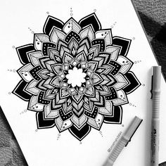 Delicate and beautiful 30 simple mandala tattoo design ideas for women Mandala Tattoo – Top Fashion Tattoos Mandala Tattoo Design, Simple Mandala Tattoo, Dotwork Tattoo Mandala, Mandala Tattoo Meaning, Geometric Mandala Tattoo, Mandala Artwork, Mandalas Painting, Mandalas Drawing, Mandala Sleeve