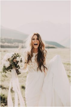 Wonderful Perfect Wedding Dress For The Bride Ideas. Ineffable Perfect Wedding Dress For The Bride Ideas. Perfect Wedding, Dream Wedding, Wedding Day, Chic Wedding, Ivory Wedding, Beige Wedding Dress, Rustic Wedding, Mountain Wedding Dresses, Bobo Wedding Dress