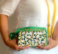 Embroidery raffia  clutch,  summer raffia  clutch by pipocass, €50.00