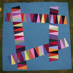 Img_5134 by quiltcabin, via Flickr. Nice bold graphic & love the colors!