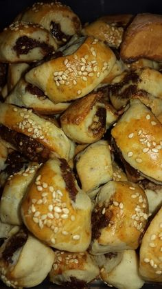 Kleicha is a traditional Iraqi sweet date &walnuts pastry which every family in Iraq has it's own recipe with a slight twist from the main one using different spices which stay the same in general .Kleicha ment to be served to the Guests in Eid with chai (black tea )