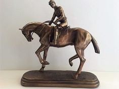 BRONZE RACEHORSE AND JOCKEY FIGURINE ~ NEW ~ BOXED
