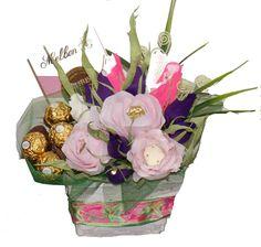 Ferrero & Flowers Flowers, Jewelry, Jewlery, Jewerly, Schmuck, Jewels, Jewelery, Royal Icing Flowers, Flower