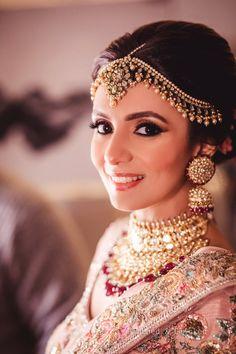 Looking for Subtle pink makeup on bride? Browse of latest bridal photos, lehenga & jewelry designs, decor ideas, etc. on WedMeGood Gallery. Pakistani Jewelry, Pakistani Bridal, Bridal Poses, Bridal Portraits, Bridal Photoshoot, Sabyasachi Lehenga Bridal, Pink Lehenga, Lehenga Choli, Sarees