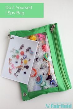 How to make an I Spy Bag for Kids, Full Tutorial. This simple diy is a great idea for kid gifts for birthdays, christmas, or just to have a toy to occupy little hands. handmade for kids DIY I Spy Bag Sensory Activities, Preschool Activities, Sensory Bags, Sensory Bottles, Sensory Play, Diy Sensory Toys, Quiet Time Activities, Sensory Table, Language Activities