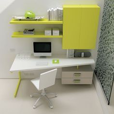DIY Corner Desk Design Idea For Your Home Office. Browse photos of custom corner desk. Find ideas and inspiration for custom corner desk to add to your own home. Home Office Table, Home Office Layouts, Home Office Design, Home Office Furniture, Home Office Decor, Furniture Design, Home Decor, Office Designs, Office Ideas
