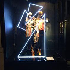 Window#bershka collection #windowsdresser#bcn#leonardorodriguezfadhiondesigner