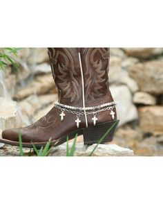Country Outfitters-Boot Candy Naturals, White Howlite Crosses $19.95