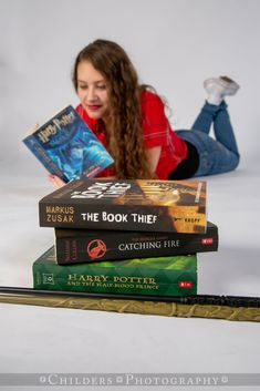Senior - Girl with Props - Harry Potter Yearbook Picture Ideas, Senior Yearbook Pictures, Creative Senior Pictures, Girl Graduation Pictures, Horse Senior Pictures, Senior Picture Props, Country Senior Pictures, Senior Photos Girls, Senior Girls