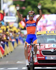 Luis Leon Sanchez wins solo victory. Yahoo!!