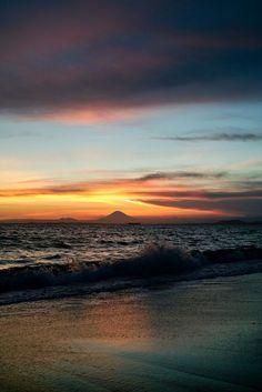 Sunset and Mt. Fuji at 18:27: