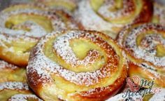 Pudding and quark worm Kuchen Easy Baking Recipes, Easy Cake Recipes, Cooking Recipes, Czech Desserts, Gula, Gateaux Cake, Healthy Low Carb Recipes, Streusel Topping, Sweet Pastries