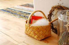 フィンランド/ハンドメイド/白樺/ハンドルバスケット(深型) - 北欧雑貨と北欧食器の通販サイト| 北欧、暮らしの道具店