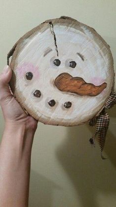 Wood slab hand painted snowman More FREE: Access Our Brand New WoodCrafting Guide Primitive Christmas, Christmas Snowman, Rustic Christmas, Winter Christmas, Christmas Holidays, Christmas Decorations, Christmas Ornaments, Kids Holidays, Log Snowman