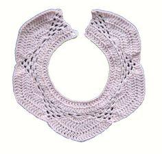 Baby hæklet savlesmæk Crochet For Kids, Crochet Baby, Knit Crochet, Baby Kids, Baby Boy, Crochet Collar, Baby Knitting Patterns, Little Ones, Baby Items