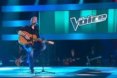 Brett Clarke sings 'Making Memories of Us' to make his way onto #TeamKeith!