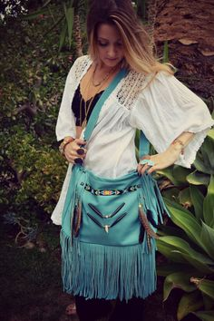 NATIVE NOMAD Weekend/Tote Boho Bag /// Turquoise /// Large Leather Fringe Tote Tribal Bag /// I LOVE this bag