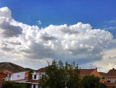 Nubes (Clouds) - San Martín de la Vega, Madrid, España (San Martín de la Vega, Madrid, Spain) - iPhone 4S & HDR Pro Copyright © Juan Hernandez Orea