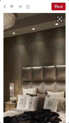 Slaapkamer - kleur - verlichting - bed achterkant