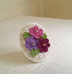 ちょっぴりエレガントな小さなお花のブローチ⑤画像1