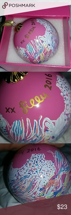 Lily Pulitzer Xmas Bulb 2016 Perfect condition pink, goldfish etched xmas bulb, with box lily pulitzer Other