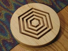 Wood Trivet Hexagons Solid Maple Wooden Coaster par LoomOnTheLake