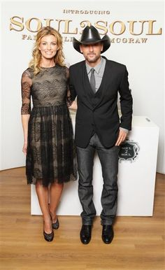 I want Faith's dress..... okay, maybe the person standing next to her too!  She's looking good!