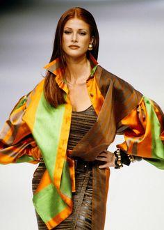 Angie Everhart - Gianfranco Ferre Spring 1993