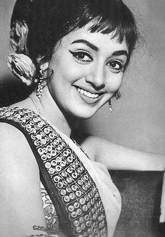 "Hema Malini (""Hema Malini Chakravarty"") is one of the evergreen actresses of Bollywood. Indian Bollywood Actress, Beautiful Bollywood Actress, Bollywood Actors, Beautiful Actresses, Indian Actresses, Bollywood Images, Bollywood Posters, Vintage Bollywood, Old Film Stars"