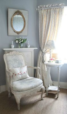 Shabby Chic Beach House Interior Design Ideas – Shabby Chic Home Interiors Shabby Chic Bedrooms, Shabby Chic Cottage, Shabby Chic Homes, Shabby Chic Style, Shabby Chic Furniture, Shabby Chic Decor, Bedroom Furniture, Bedroom Decor, Master Bedroom