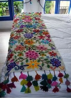 "alisonannestitch: fibrearts: Embroidered Blanket Is it wrong that when I look at this beautiful piece of work, all I can think is ""These people clearly don't own cats""? Embroidery Stitches, Embroidery Patterns, Hand Embroidery, Mexican Embroidery, Bohemian Decor, Bunt, Fiber Art, Needlework, Weaving"