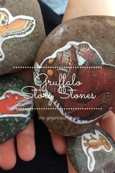 gruffalo story stones - the gingerbread house - perfect for a Gruffalo Activities, Book Activities, Preschool Activities, Preschool Curriculum, Preschool Art, Homeschool, The Gruffalo, Gruffalo Party, Story Sack