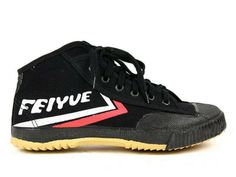 More than 80% percents Shaolin Kung Fu Monks wear Feiyues for daily Kung Fu practice. http://www.icnbuys.com/feiyue-high-top-shoes-black.html