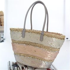 New grass woven bag grass hand woven women's bag sequined handbag (Model) Luggage Sizes, Fabric Textures, Fashion Bags, Straw Bag, Grass, Hand Weaving, Tote Bag, Model, Style