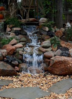 Gorgeous Backyard Ponds and Water Garden Landscaping Ideas (68)