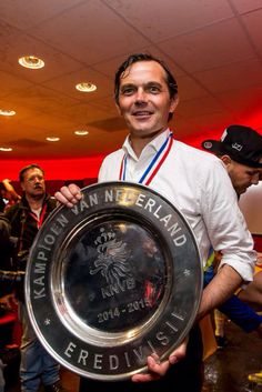 Trotse trainer van PSV Phillip Cocu. Favoriete trainer