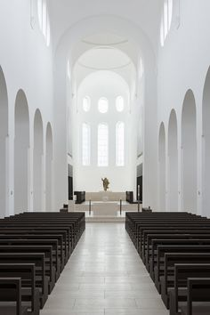 Renovation of the St Moritz Church in Augsburg, Germany by John Pawson (© Gilbert McCarragher) _
