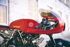 Walt Siegl Motorcycles (WSM) is a builder of custom motorcycles. Based in Harrisville, NH we deliver bikes for customers around the globe.