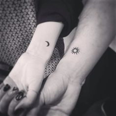 12 Cute and Minimalist Couple Tattoos - Erin Ready - # Cute . - 12 cute and minimalist couple tattoos – Erin Ready – … – # - Bff Tattoos, Friend Tattoos, Mini Tattoos, Love Tattoos, Body Art Tattoos, Tatoos, Heart Tattoos, Simple Couples Tattoos, Couple Tattoos Love