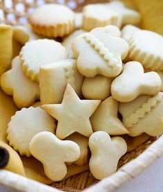 Butter Cookies - the BEST butter cookies recipe ever! These butter cookies are buttery, crumbly, melt in the mouth. Best cookies for Christmas and holidays. Best Butter Cookie Recipe Ever, Ginger Bread Cookies Recipe, Easy Sugar Cookies, Easy Cookie Recipes, Dessert Recipes, Desserts, Best Gingerbread Cookies, Best Christmas Cookie Recipe, Christmas Cookies