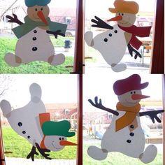 DIY Window Decor Ideas For Christmas - Weihnachten Decoration Creche, Christmas Window Decorations, School Decorations, Christmas Activities, Christmas Crafts For Kids, Christmas Art, Holiday Crafts, Christmas Classroom Door, Diy And Crafts