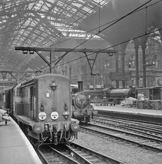 Liverpool St Station in Electric Locomotive, Diesel Locomotive, Steam Locomotive, Buses And Trains, Old Trains, Old Train Station, Train Stations, Uk Rail, Train Map