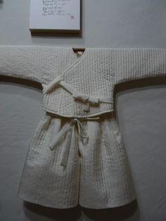 아기 누비 단속곳 : 네이버 블로그 Korean Hanbok, Korean Dress, Korean Outfits, Kids Outfits, Korean Traditional Dress, Traditional Dresses, Korean Princess, Quilted Clothes, Dress Attire