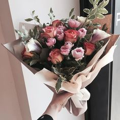 Pinterest: @AWIPmegan Romantic Flowers, Pretty Flowers, Bouquet Wrap, Plants Are Friends, Pink And White Flowers, Summer Flowers, Beautiful Roses, My Flower, Dried Flowers