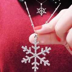GET $50 NOW | Join RoseGal: Get YOUR $50 NOW!http://www.rosegal.com/sweater-chains/christmas-layered-rhinestone-snowflake-sweater-931756.html?seid=7458046rg931756