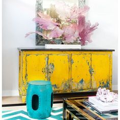 Livening Up The Week With A Dose of Yellow (Design Addict Mom) Decor, Redo Furniture, Hand Painted Furniture, Distressed Furniture, Yellow Furniture, Chalk Paint Furniture, Furniture Inspiration, Furniture Makeover, Vintage Furniture