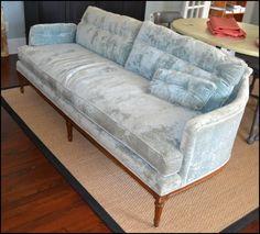 Henredon sofas for Sale